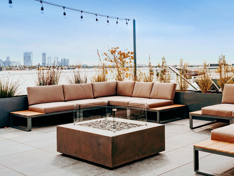 Audrey-amenities-roof-deck
